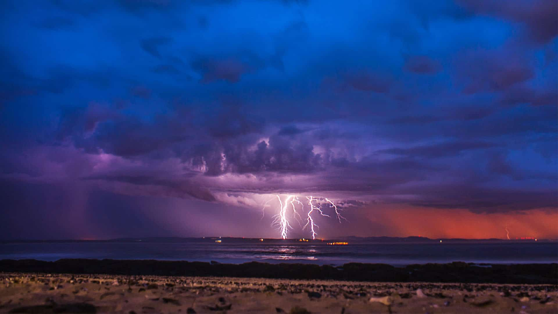An image of a lightning storm in Jeffrey's Bay.